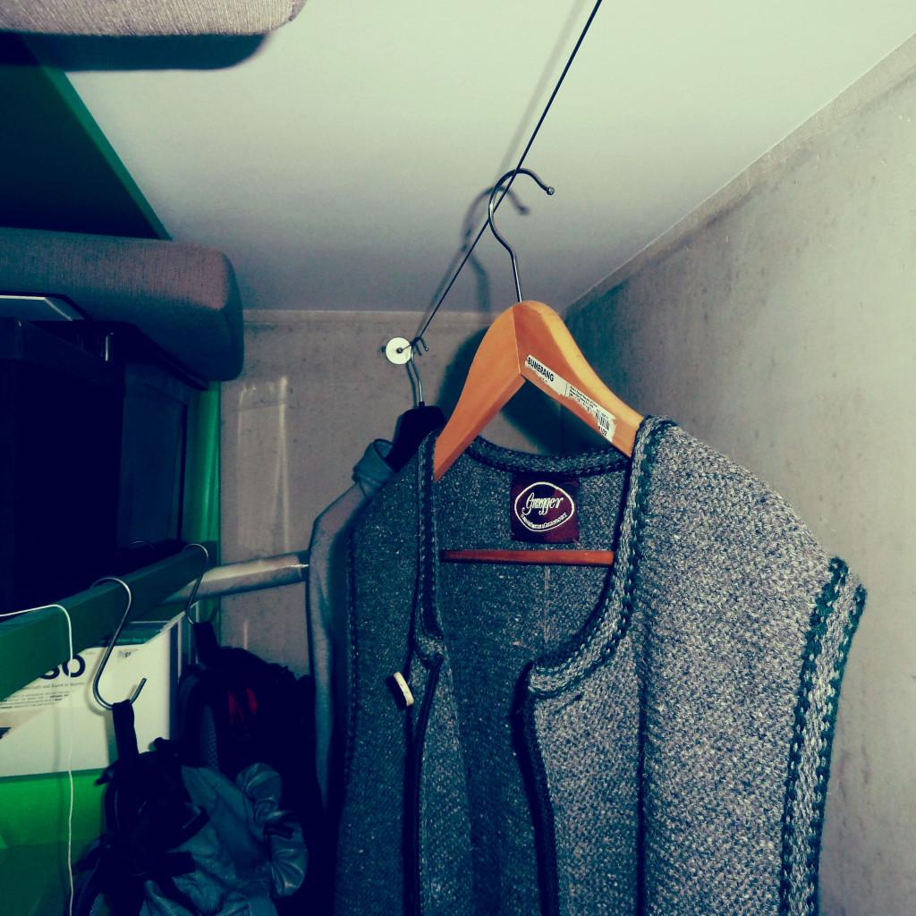KleiderAuhängungImAufgang