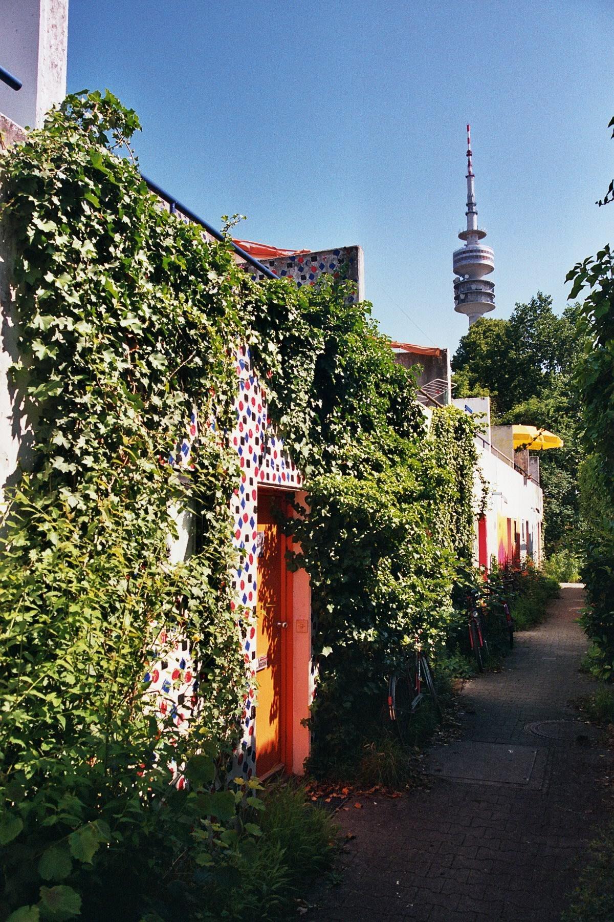 Altbau vs. Neubau – war das Bungalowdorf früher attraktiver?