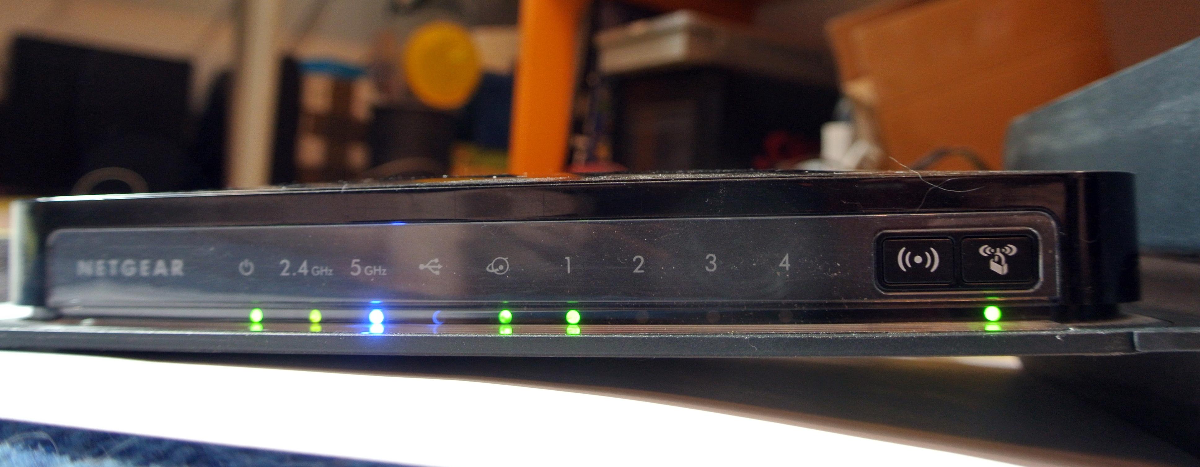 [:de]Internet-FAQ: WLAN-Router einrichten[:en]Internet-FAQ: How to set up the Wi-Fi-Router [:]