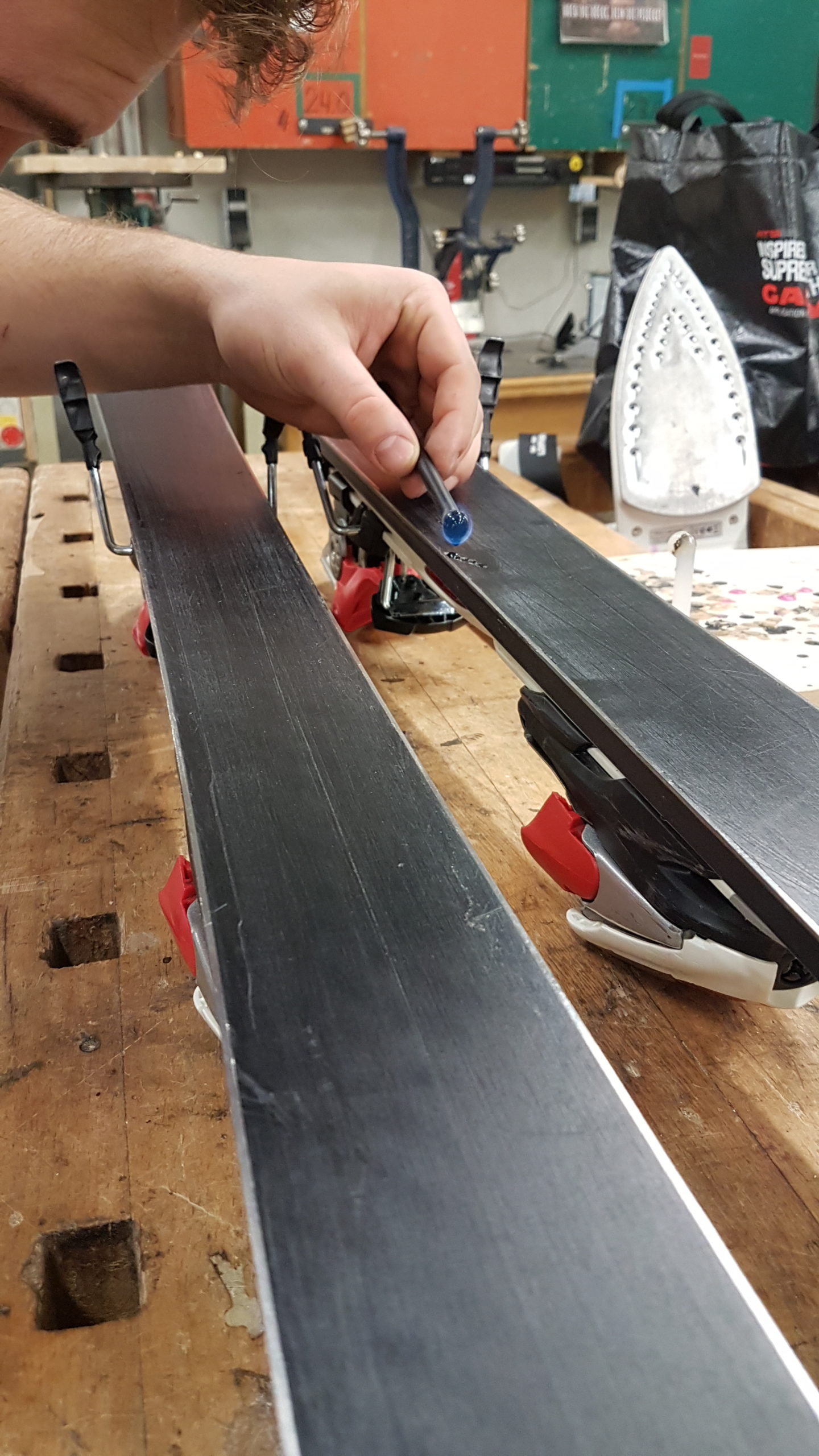 How To: WA - Ski- & Snowboardservice